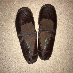 New Berne mev shoes